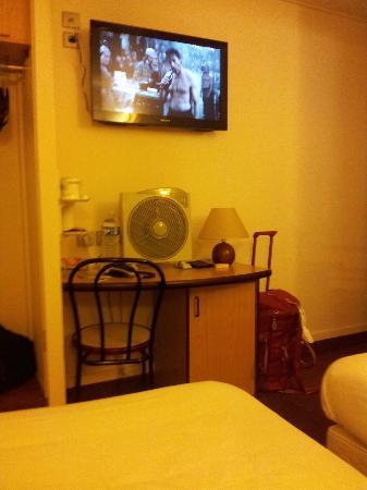 Hotel Kyriad Paris 12 - Nation: le fameux système d'air conditonné
