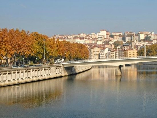 Akopso Tours: Top Vente : Croix Rousse (Lyon) - www.akopso.com