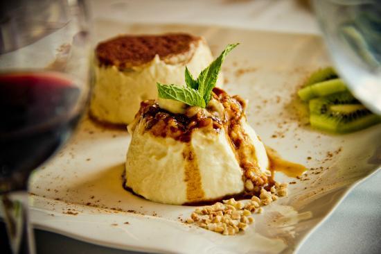Restaurante La Vil·leta: Tarta de queso con piñones