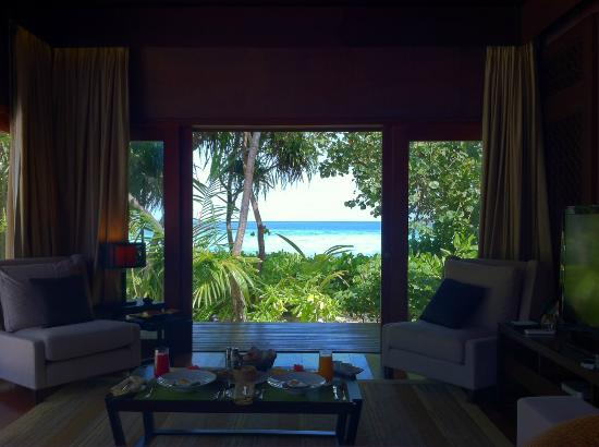 Jumeirah Dhevanafushi: View from the living room of Island Revives