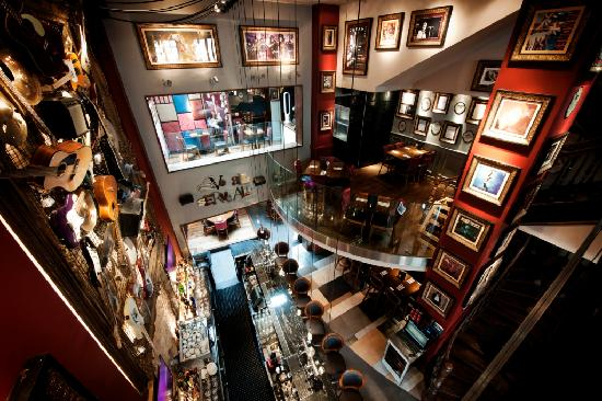 Hard Rock Cafe Brussels - Restaurant Reviews, Phone Number ...