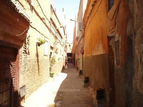Riad Hidden : La ruelle du Riad