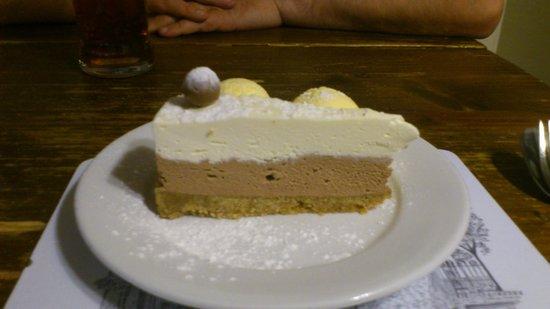 The White Hart: Fabulous Maltesa Cheesecake