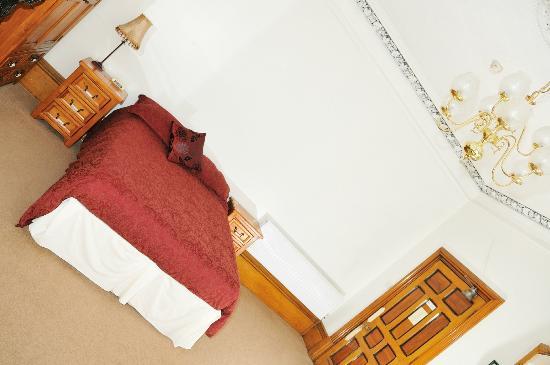 Balmoral Guest House Darlington: Rooms