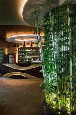 Sampan - The Sky Lounge : 5