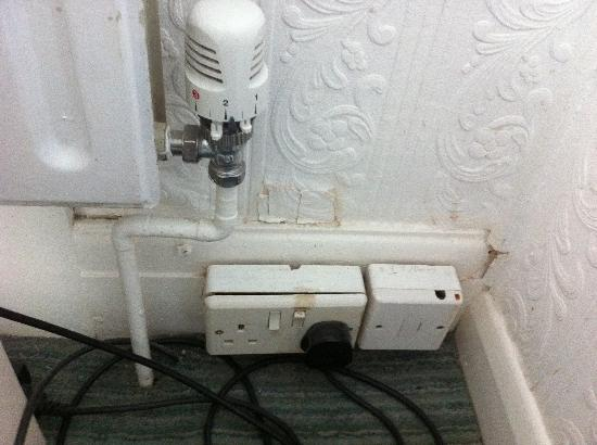 The Morningside Hotel: dodgy socket