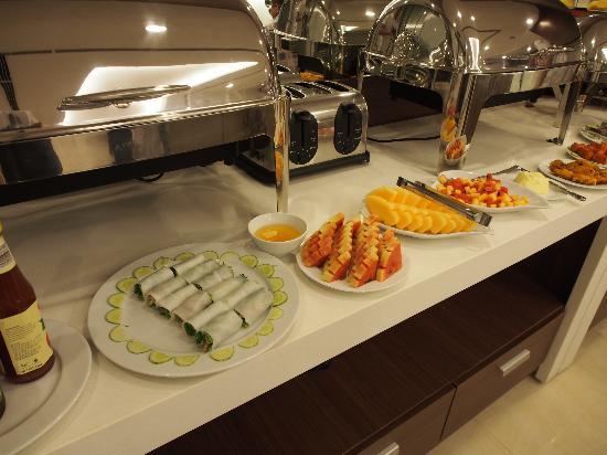 Hanoi Romance Hotel: Breakfast