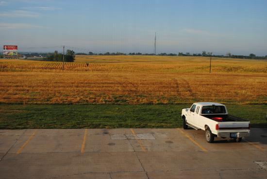 Super 8 Bethany MO: A view on Missouri