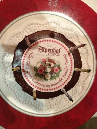 Hotel Alpenhof Hintertux: gâteau anniversaire