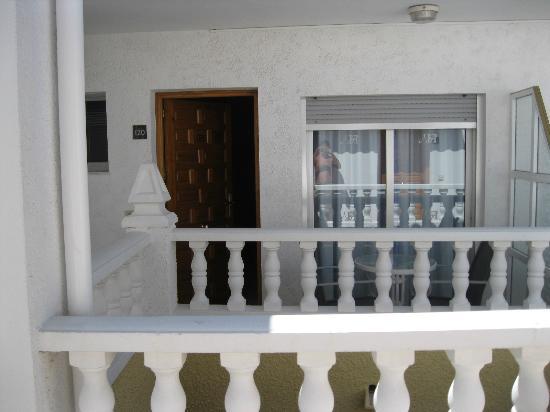 Hotel Noguera: ENTRADA HABITACION