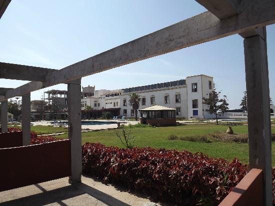 Hotel des Iles: piscina