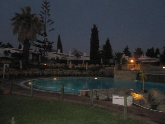 Rocha Brava Village Resort: Main pool