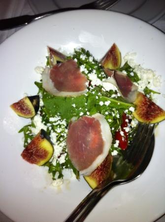 Skoufos & Oinos: σαλάτα ρόκα