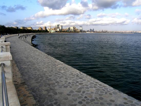 Азербайджан: BAKU: The Boulevard