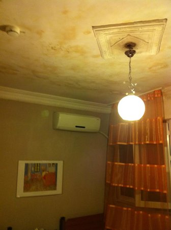 Old City Esma Hostel: Not so good