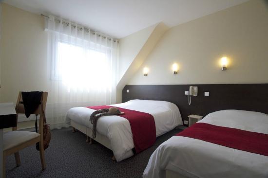 Hotel leopol : Chambre triple