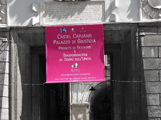 Castel Capuano: Manifesto