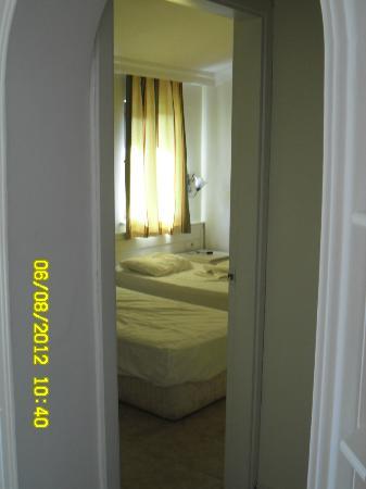 Oasis Apart Hotel: y