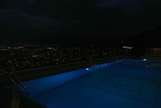Belvedere Hotel: Views at night