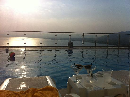 Belvedere Hotel: Beautiful Pool