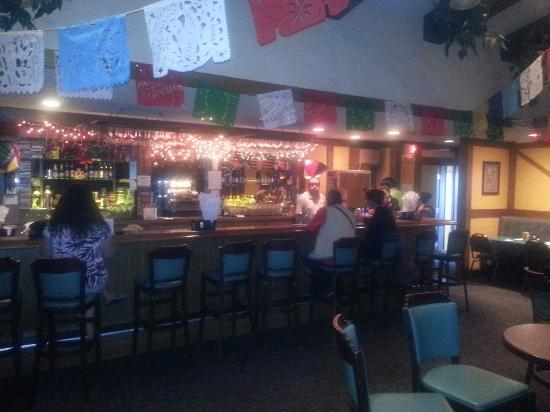 Jalapeno Loco Mexican Restaurant: Bar Area