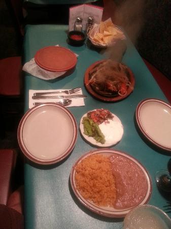Jalapeno Loco Mexican Restaurant: Fajitas