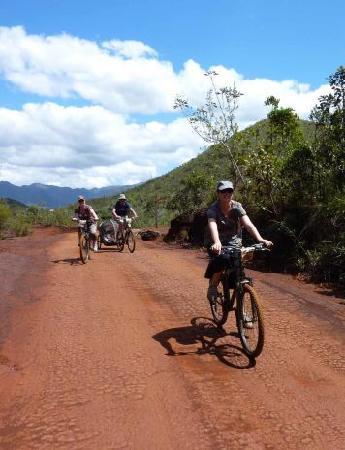 Yate, New Caledonia: getlstd_property_photo