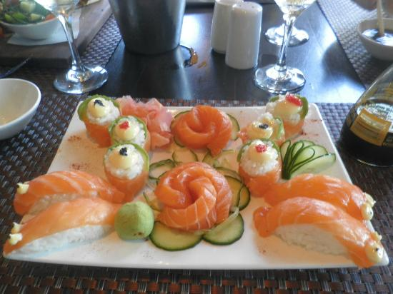 JennaVIVA: This was the small platter, the salmon literally melted in my mouth