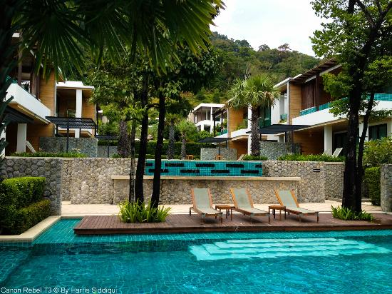Wyndham Sea Pearl Resort Phuket: Pool Area Nice Landscape