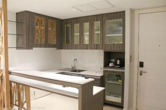 Wyndham Sea Pearl Resort Phuket: Kitchen @ deluxe suites room