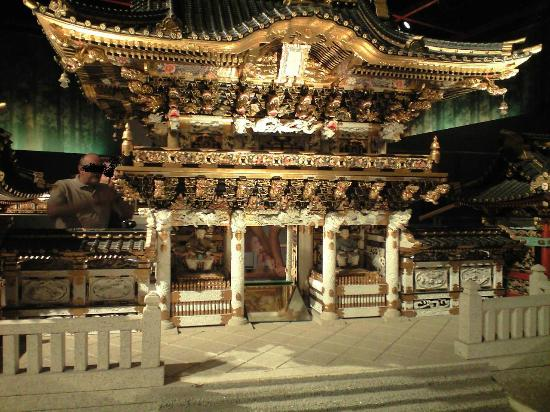 Takayama Festival Floats Exhibition Hall: 本物そっくりの精密な陽明門