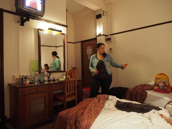 South East Asia Hotel: quite spacious room