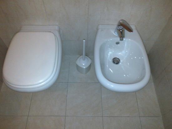 Hotel Del Corso: Bathroom