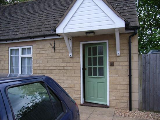 Queens Head Inn Nassington: room front door