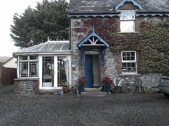 Druid Cottage: L'esterno