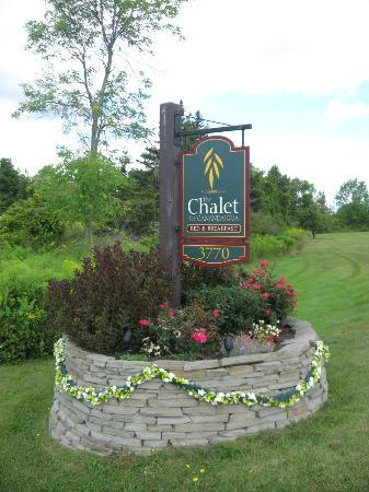 The Chalet of Canandaigua: Turn here to Paradise...