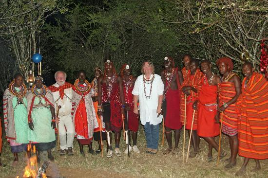 Mara Timbo Camp: Masai friends