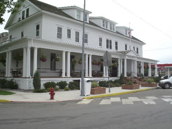 Pompey's Grill: Sacajawea Hotel