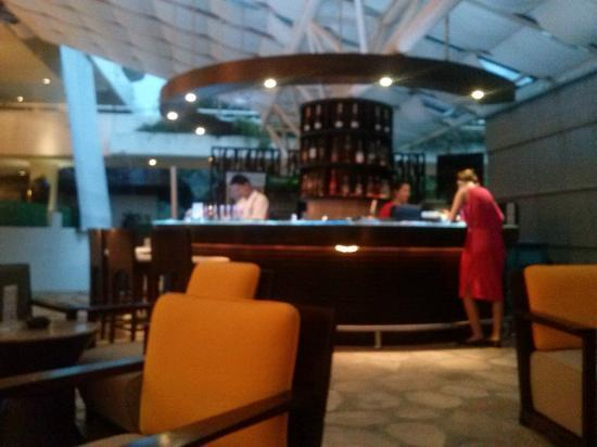 Hilton Phuket Arcadia Resort & Spa: ที่เราชอบนั่งดื่ม