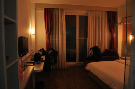 My el Qingdao: The room - standard room with window