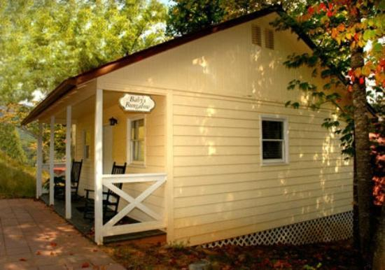 Lake Lure, NC: Baby's Bungalow
