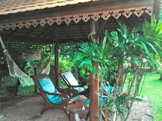 Viang Yonok Hotel, Restaurant, Sports Club: Relaxing aera near the Pool, Viang Yonok Hotel Chiang Saen Thailand
