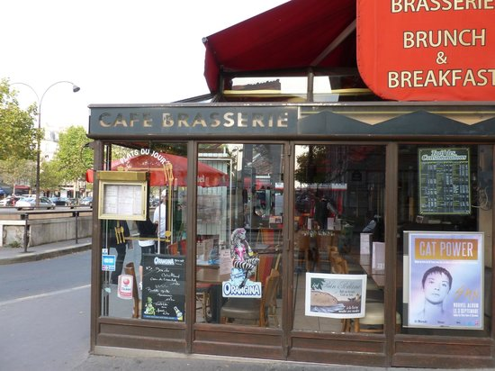 Le Cristal: Outside view