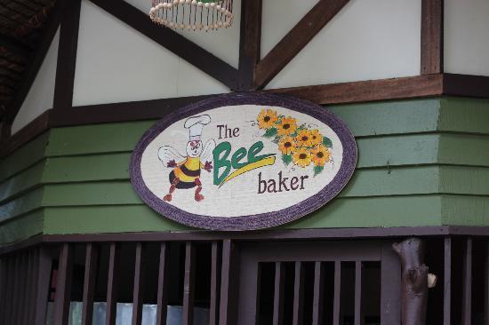 Bohol Bee Farm: i love their bread
