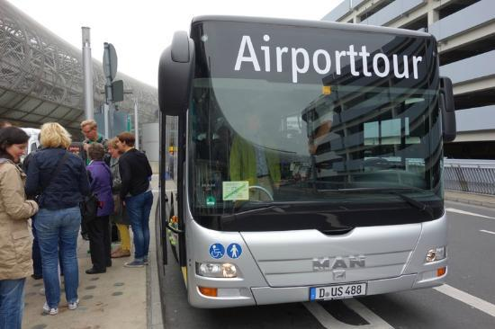 Dusseldorf Airport Tour: tour bus