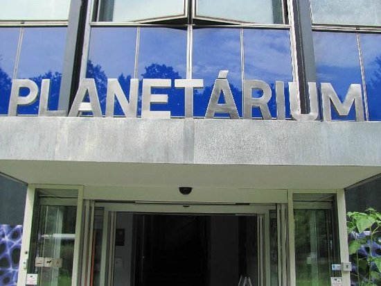 HvEzdarna a planetarium