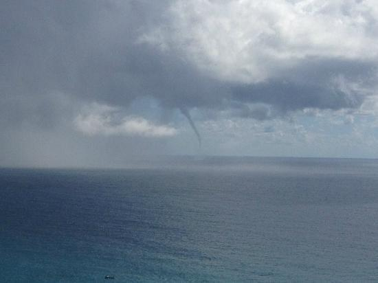 Hotel Eden Roc: snapped a cool tornado swinging by