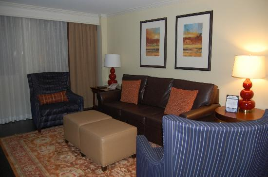 The Hotel at Auburn University: View of confortable living suite.