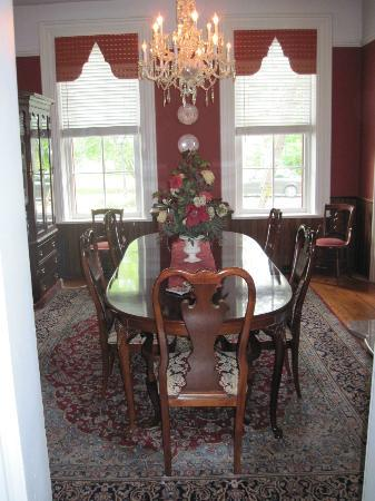 The Flagg Farmstead : Dining Room