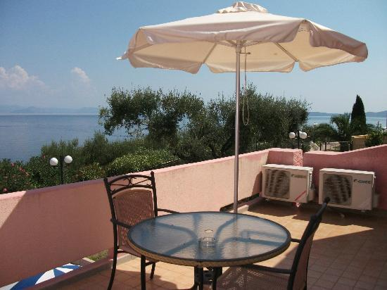 Costa Blu Hotel & Suites: Very spacious balcony